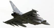 Quân đội Anh phái máy bay chiến đấu chặn tiêm kích Nga