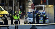 Khủng bố bằng xe tải tại Tây Ban Nha khiến hàng chục người thương vong