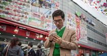 Người Triều Tiên lén lút kết nối bên ngoài bằng điện thoại Trung Quốc