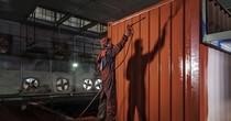 Một thùng sơn đang khiến cả ngành vận tải biển chao đảo từ sau vụ Hanjin như thế nào?