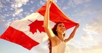"""Đến người Canada cũng bắt đầu hoài nghi về """"giấc mơ Mỹ"""", tại sao vậy?"""