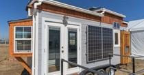 Có gì trong ngôi nhà di động sử dụng năng lượng mặt trời