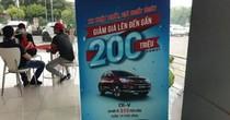 Chiêu mập mờ của đại lý Honda: Phải đền gấp đôi?
