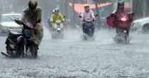 Không khí lạnh tăng cường gây mưa lớn ở Trung Bộ