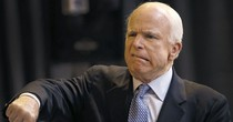Ông McCain muốn thêm biện pháp trừng phạt mới chống Nga