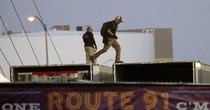 Hé lộ tình tiết mới trong cuộc điều tra vụ xả súng Las Vegas
