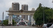 [Round-up] Vietnam, China Boost Economic Corridor Link, Auto Sales Set to Miss Target
