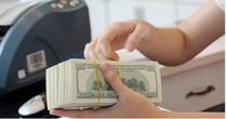 Đồng USD lên giá khi lợi suất trái phiếu Mỹ tăng trở lại