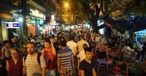 Hà Nội nới giờ kinh doanh: Chính quyền ''căng mình'' quản lý