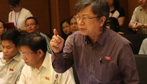 Đại biểu Quốc hội lo nghề luật sư bị tẩy chay nếu tố giác thân chủ