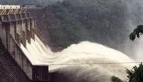 Thủy điện đồng loạt xả lũ, hạ du Quảng Nam tiếp tục bị chia cắt