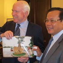Cuộc gặp đặc biệt Phạm Quang Nghị - John McCain