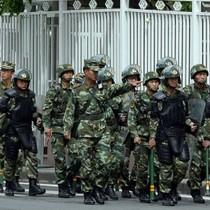Cảnh sát bắn chết 6 người Tân Cương đang tìm cách kích hoạt bom