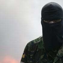 Donetsk tố lực lượng Pravyi Sector điều các tay súng bắn tỉa nữ tới Donbass