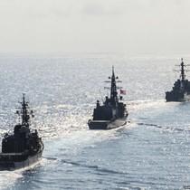 Tàu chiến Nhật nhập đội tàu tấn công của Mỹ hướng tới bán đảo Triều Tiên