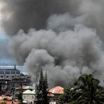 Quân đội Philippines không kích phiến quân thân IS