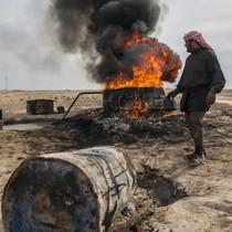 Lực lượng do Mỹ dẫn đầu tấn công lực lượng vũ trang của chính phủ Syria