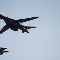 Mỹ điều động oanh tạc cơ B1 răn đe Triều Tiên