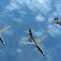 Oanh tạc cơ Mỹ B-1B đến tập trận bắn đạn thật trên bán đảo Triều Tiên