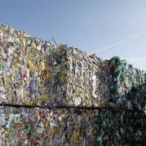 """Thị trường rác công nghiệp thế giới gần 100 tỷ USD: Vì sao Trung Quốc """"bỏ cuộc chơi"""""""