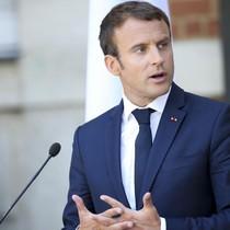 """Chi phí trang điểm cho tổng thống Pháp gây """"bão dư luận"""""""
