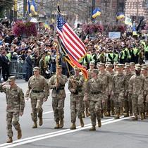 Ông Poroshenko nói gì về việc quân NATO tham gia diễu binh tại Ukraine?