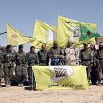 Quân đội Syria phá vòng vây sân bay Deir Ezzor của IS