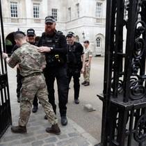 Cảnh sát Anh bắt 1 người trong vụ nổ bom trên tàu điện ngầm