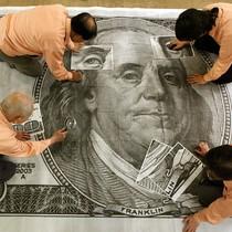Kinh tế Mỹ đón tin xấu, đồng USD biến động mạnh