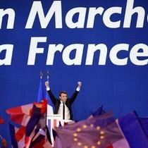 Tại sao chính trị gia Emmanuel Macron được lòng hàng triệu người Pháp?