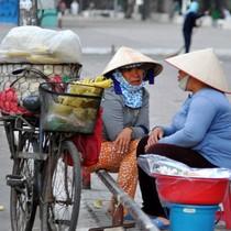 Bán hàng rong, công việc thời vụ đang cứu kinh tế Đông Nam Á như thế nào?