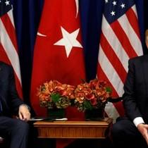 Tại sao Mỹ và Thổ Nhĩ Kỳ lại bất ngờ đối đầu?