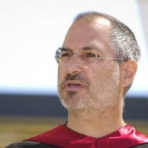 """9 cuốn sách """"chi phối"""" cuộc đời và sự nghiệp của Steve Jobs"""