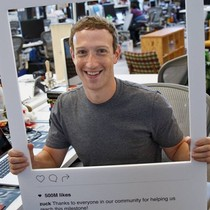 """Zuckerberg đang """"giết"""" các đối thủ cạnh tranh bằng chiêu của Bill Gates ngày trước"""