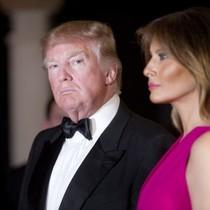 Chuyến đi đắt đỏ mập mờ chính trị, kinh doanh của nhà Trump