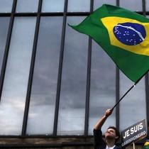 Kinh tế Brazil trượt sâu vào suy thoái kỷ lục