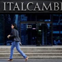 Venezuela nhờ nhiều ngân hàng nhỏ để xoay sở thương vụ bằng USD