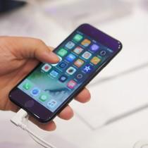 iPhone, kẻ quyết định thành bại không chỉ riêng Apple