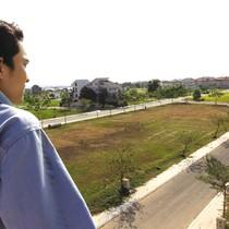 Quỹ đất thu hẹp, doanh nghiệp bất động sản đối phó ra sao?