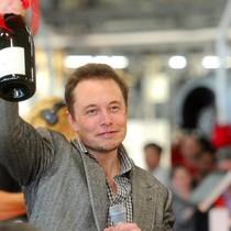 Tỷ phú Jeff Bezos, Elon Musk và cuộc đua lên không gian