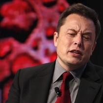 Elon Musk nhắn các nhà đầu tư ép Tesla thay đổi: Các ông đi mà mua cổ phiếu Ford!