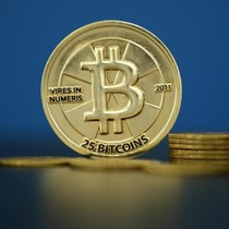 Giá trị Bitcoin lần đầu vượt 1.500 USD