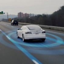 Elon Musk nói gì về dự án xe tự lái của Apple?