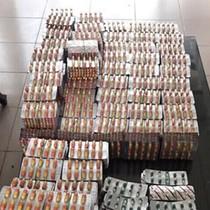 Bắt giữ vụ vận chuyển gần 1.400 vỉ thuốc tây không rõ nguồn gốc qua biên giới