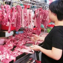 Từ khủng hoảng lợn hơi, lo số phận của bò, gà, trứng!