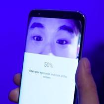 Samsung nói gì về việc cảm biến mống mắt trên Galaxy S8 có thể bị qua mặt