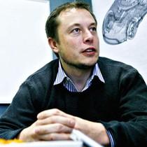 Hai cuốn tiểu thuyết đã thay đổi cuộc đời của Elon Musk