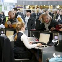 Loạt ngân hàng, sân bay Ukraine bị tấn công mạng