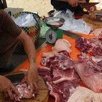 Thịt heo 100.000 đồng 3kg bán khắp Sài Gòn