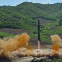 Triều Tiên dọa xóa sổ Mỹ khỏi bề mặt Trái Đất